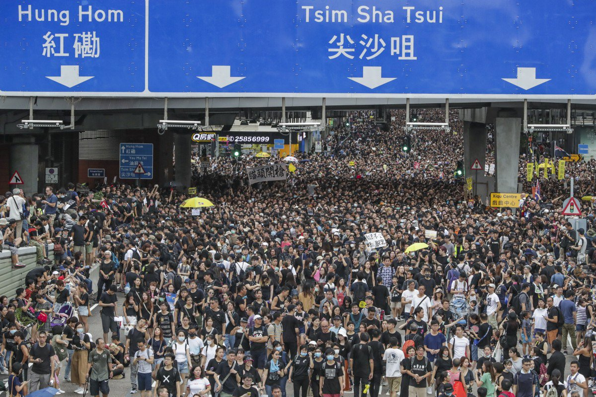 What the Hong Kong Protests Indicate About the Future of Business